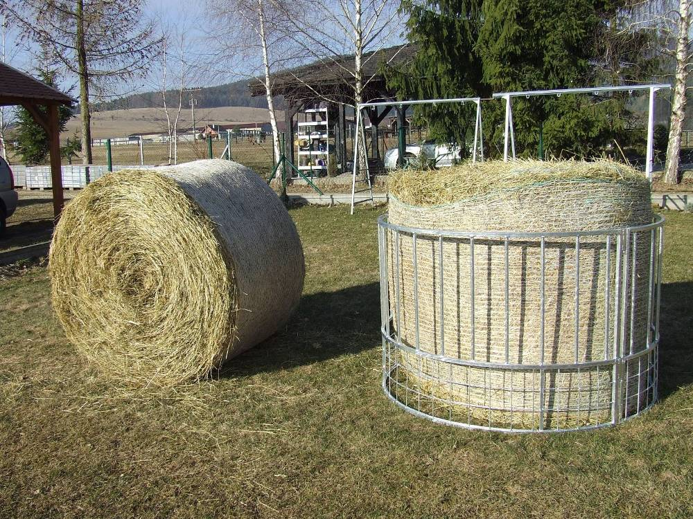 PRI OBJEDNÁVKE 2 A VIAC KUSOV DOSTANETE ZĽAVU: Kruhové kŕmidlo - nakŕmi 28 oviec naraz